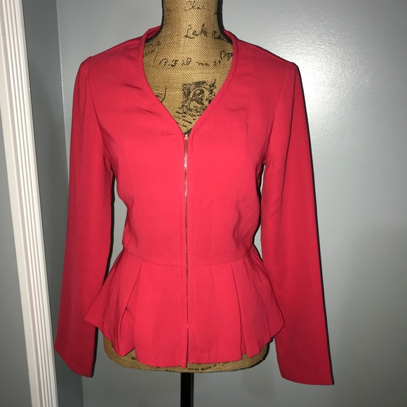 1be62a28 JustFab Jackets & Blazers - JustFab Small coral peplum zip up formal blazer